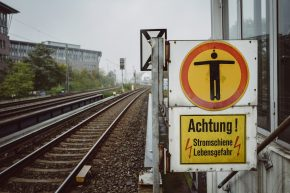 Die Bahn fährt nicht? Das steckt dahinter!