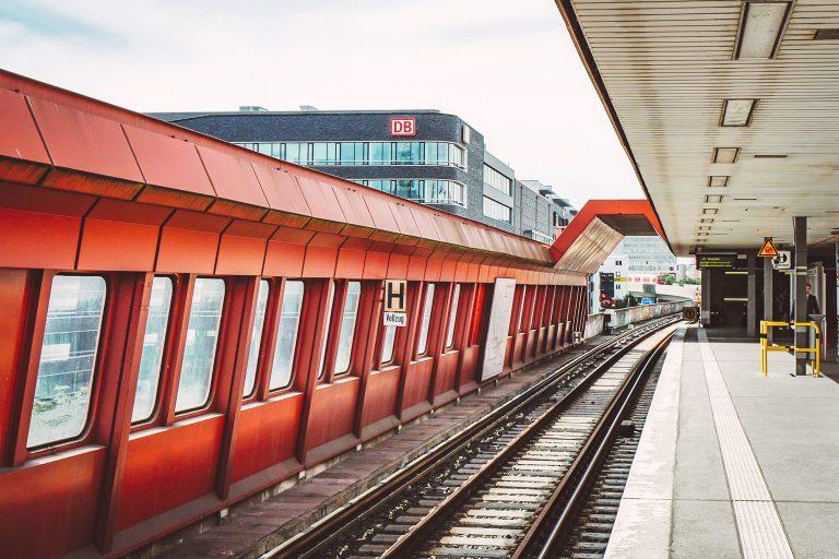 Bunte Verschönerungen – Stationen werden modernisiert