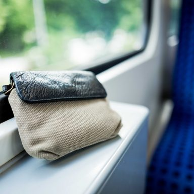 Da bleibt einiges liegen – Fundsachen bei der S-Bahn Hamburg