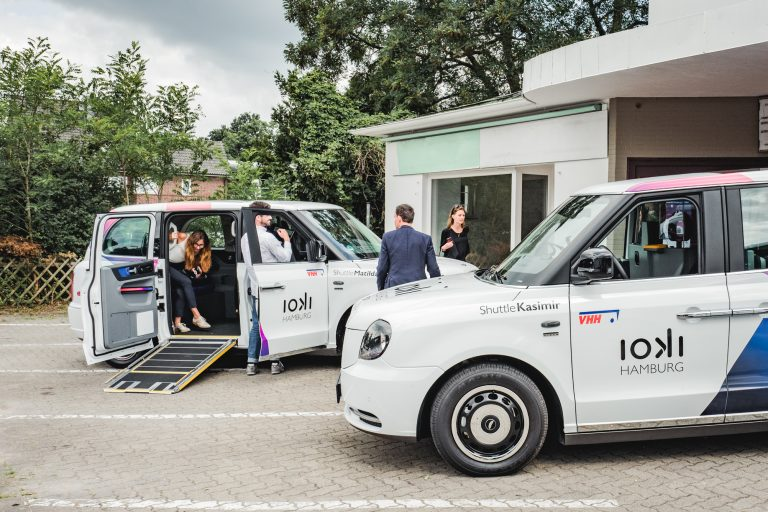 On-Demand-Shuttle-Service: ioki verbindet Hamburg