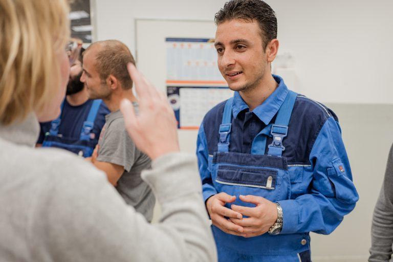 Erfolgreiche Integration: Geflüchtete starten ihre Ausbildung bei der Deutschen Bahn