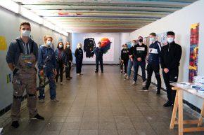 """""""Unter der Maske"""" — Stationsverschönerung in Stade"""